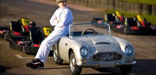 Aston Martin zabawka
