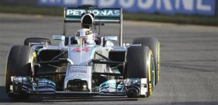 GP Australii - wyścig: Hamilton wygrywa inauguracyjny wyścig