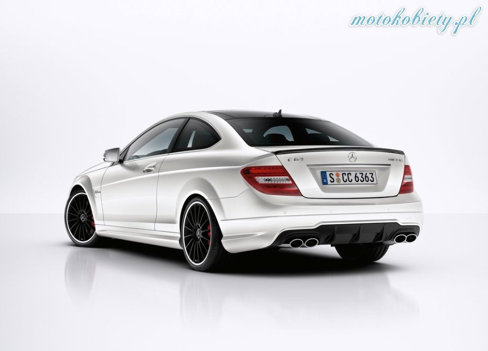 Mercedes Benz C65 Amg Coupe 31