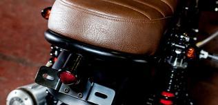 Triumph Bonneville Dusty Pearl od Maccomotors