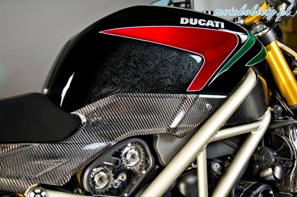 Ducati Streetfighter S by Rizoma