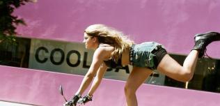 Motocykle kobiet Lanakila MacNaughton