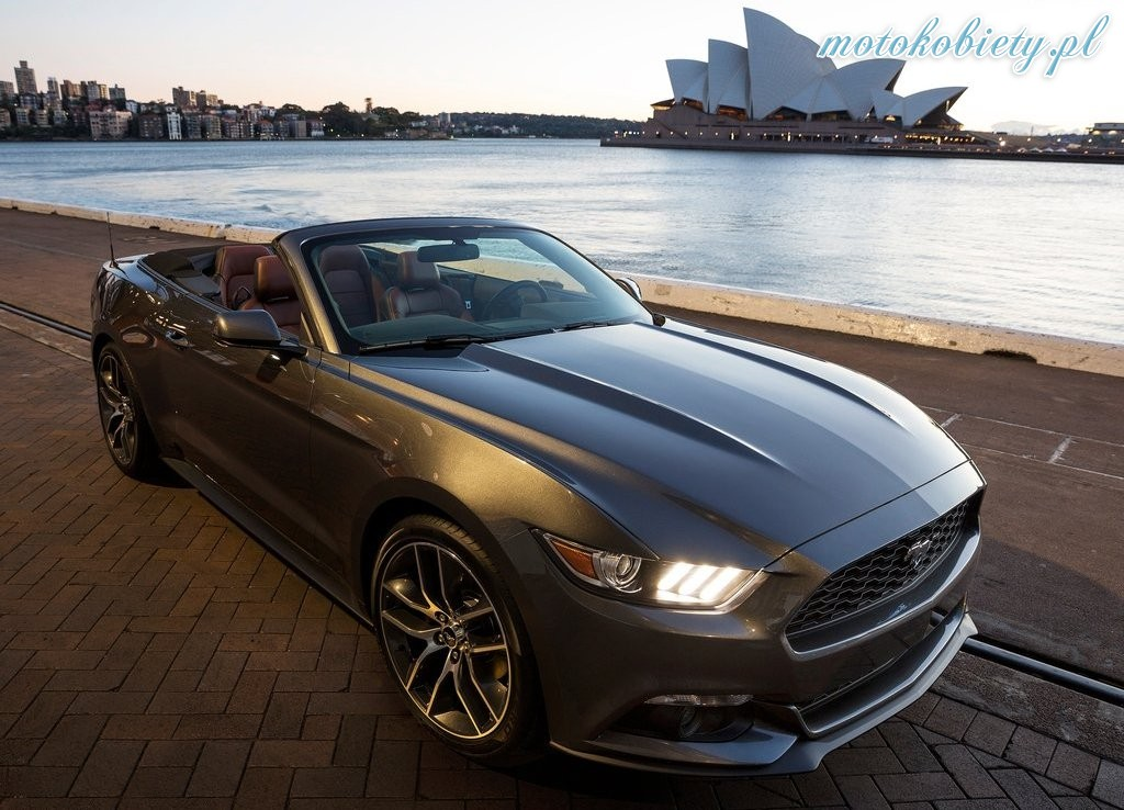 ford mustang convertible 2015 026. Black Bedroom Furniture Sets. Home Design Ideas