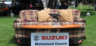Elektryczna kanapa Suzuki